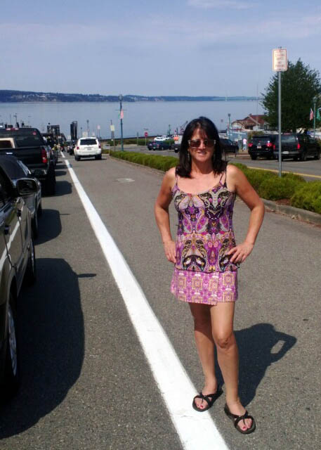 Li'l Skirts Visit Puget Sound
